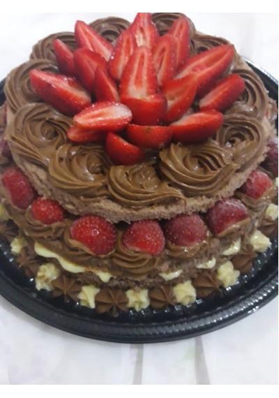 Tortas (Bolo) Confeitadas Para Aniversário (Coco c/Abacaxi, Frutas, Brigadeiro, Floresta Negra)